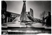 Au final, le propriétaire de la voiture demandera des dédommagements aux organisateurs car les filles auront enfoncé le toit du véhicule lors de leurs acrobaties. Tournai, 2013.