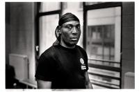 Simba B., directeur et entraîneur à l'école de la B.Y.W.S. (Brussels Young Wrestling Style).